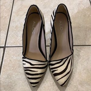 Aldo Zebra high heel shoes size 5